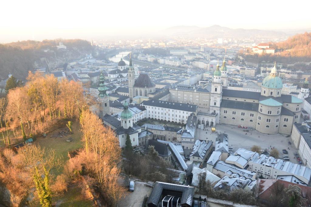 ザルツブルク城から眺めたザルツブルク市街