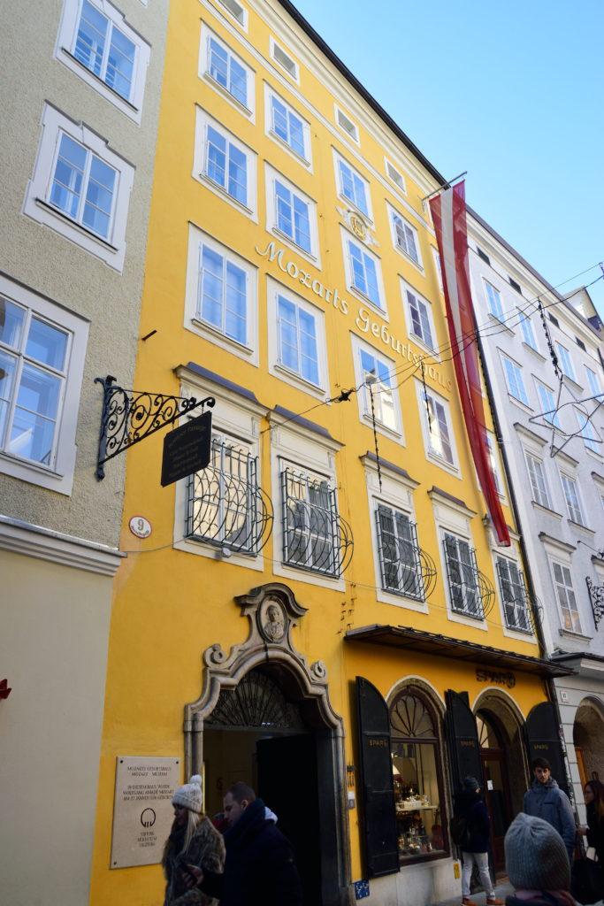 モーツァルトハウスの建物