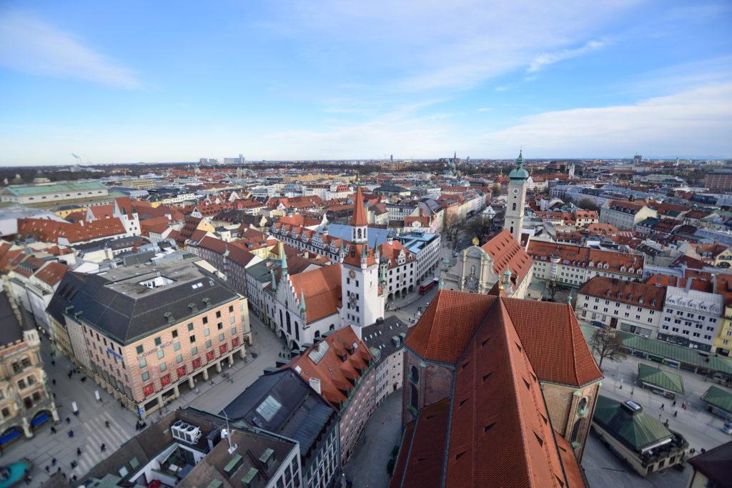 空から見下ろすミュンヘンの街並み