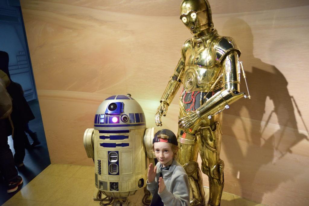 蝋人形のR2D2、C3PO