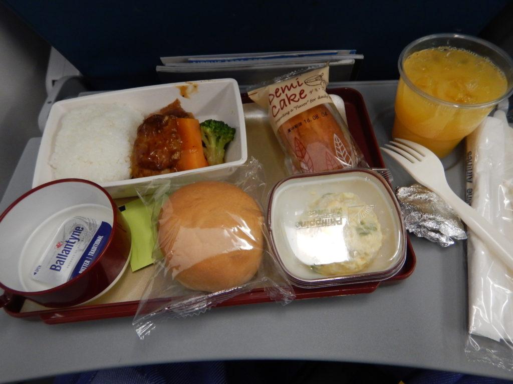 フィリピン国際航空機内食
