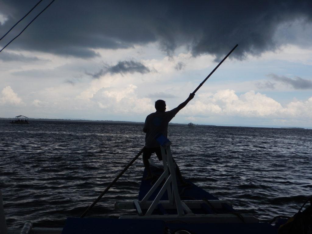 フィリピンのボートマン