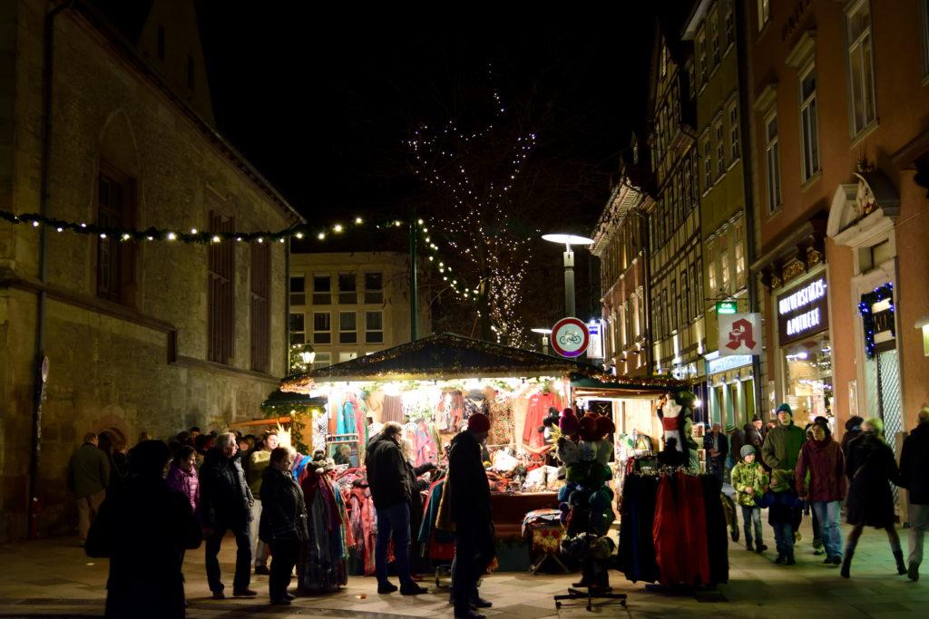 どこか侘しさのあるクリスマスマーケット