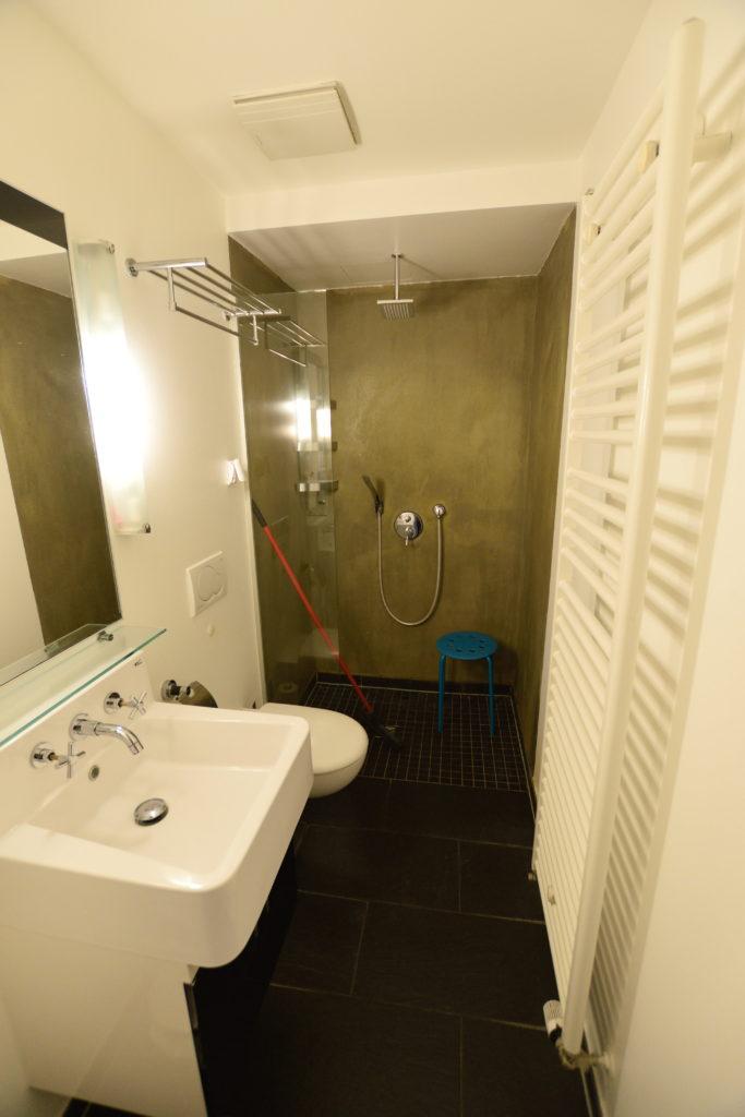 ホテル、シャワー室