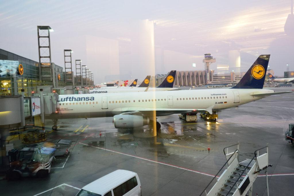 フランクフルト空港、ルフトハンザ機