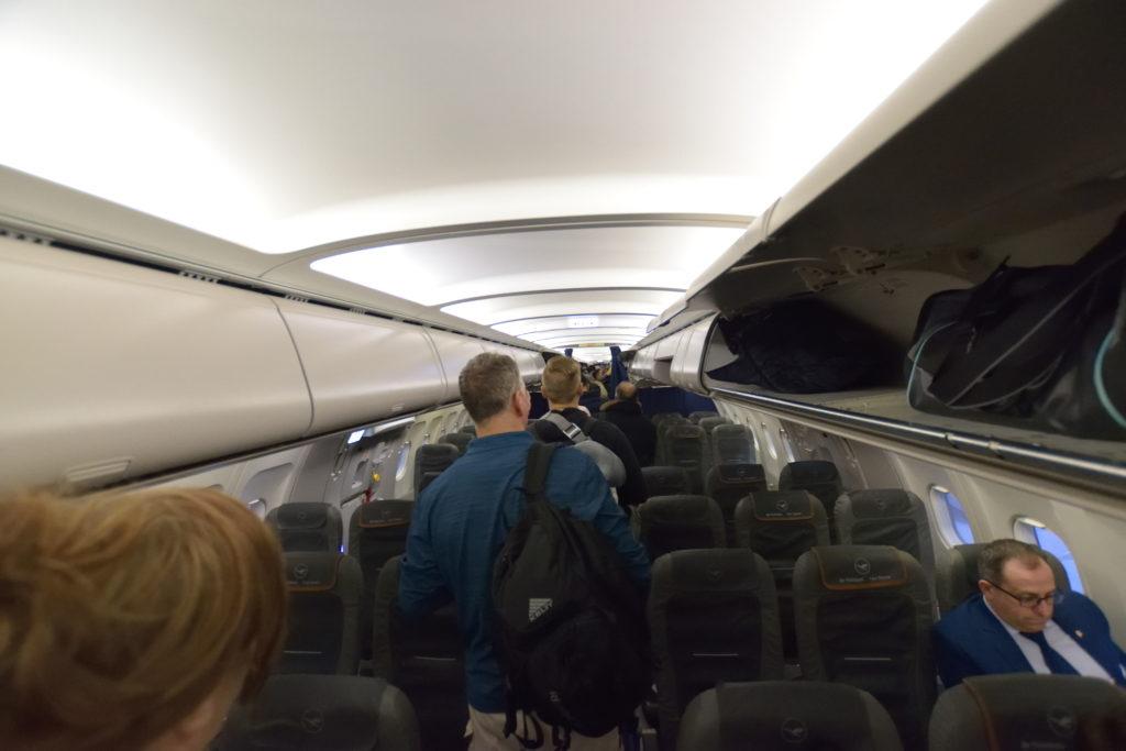 ルフトハンザA321の機内