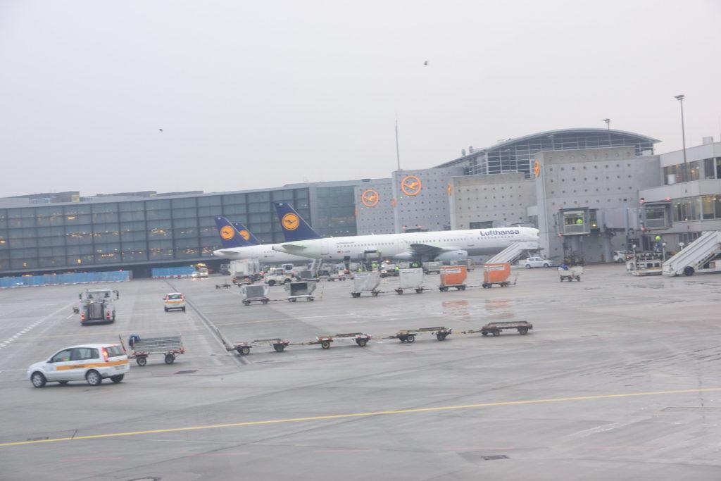 フランクフルト国際空港に並ぶルフトハンザ機