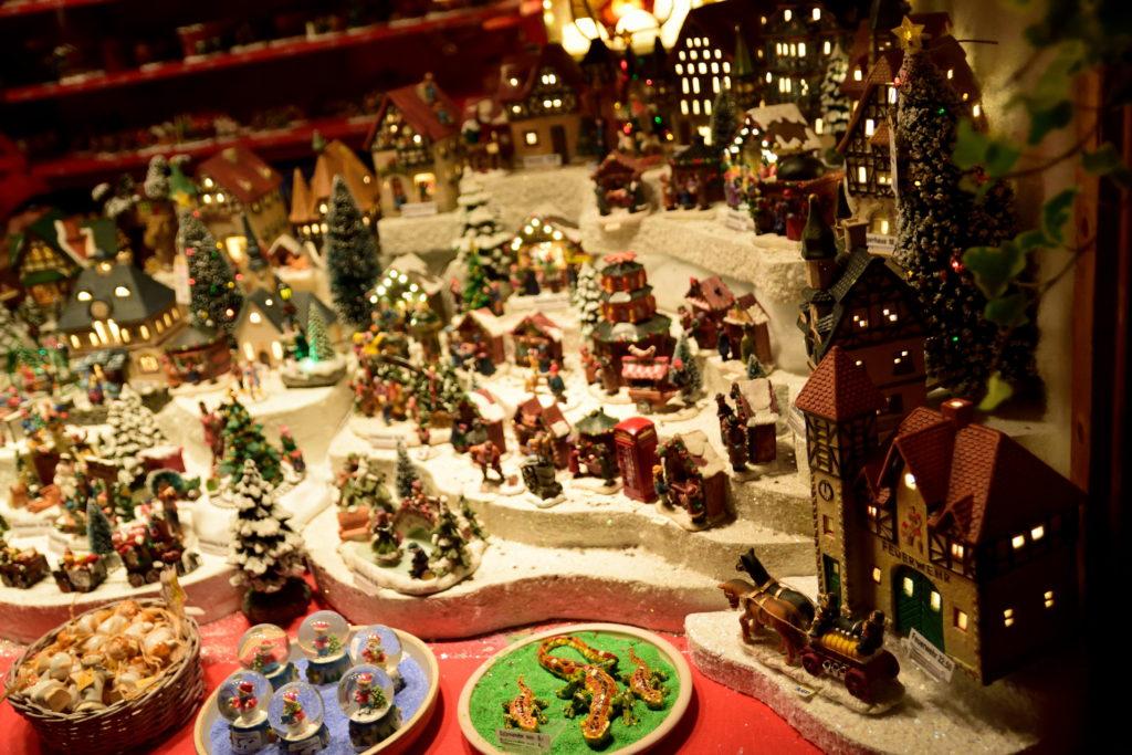 お店に並んでいたクリスマス飾り