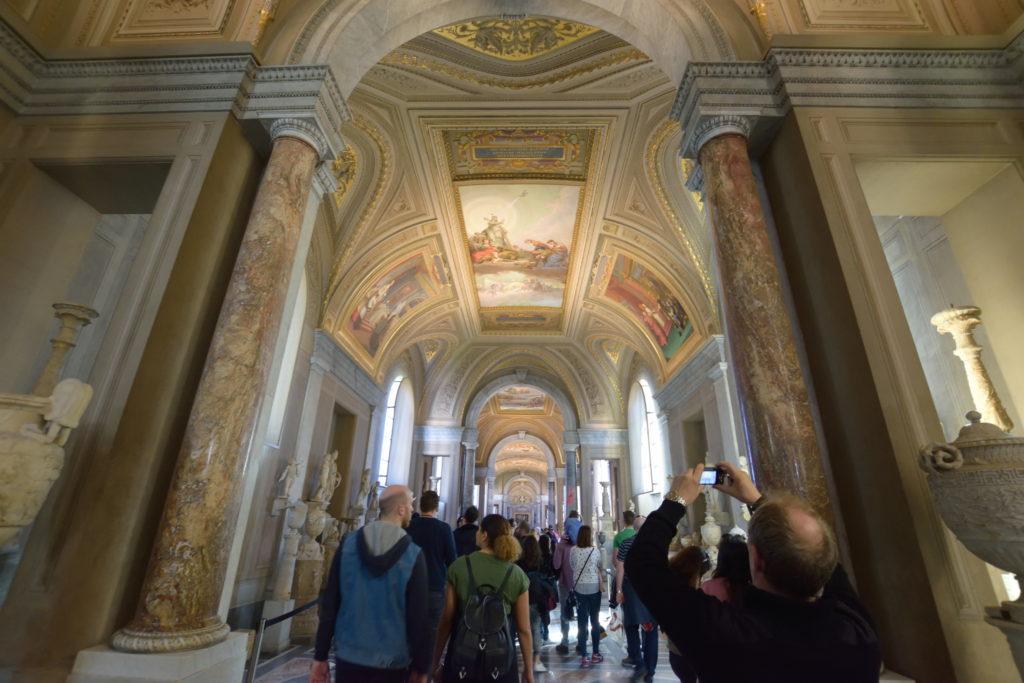バチカン美術館内部