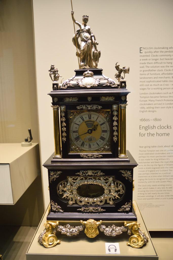 大昔の置き時計