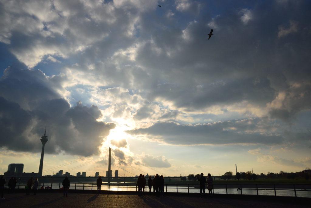 ライン川と夕陽