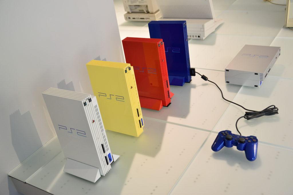 初期PS2の展示