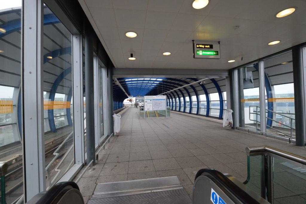 ロンドンシティ空港の駅ホーム