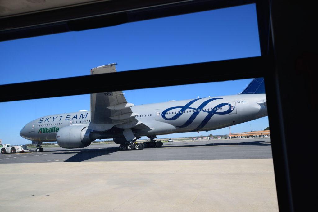 スカイチーム塗装のアリタリア航空機