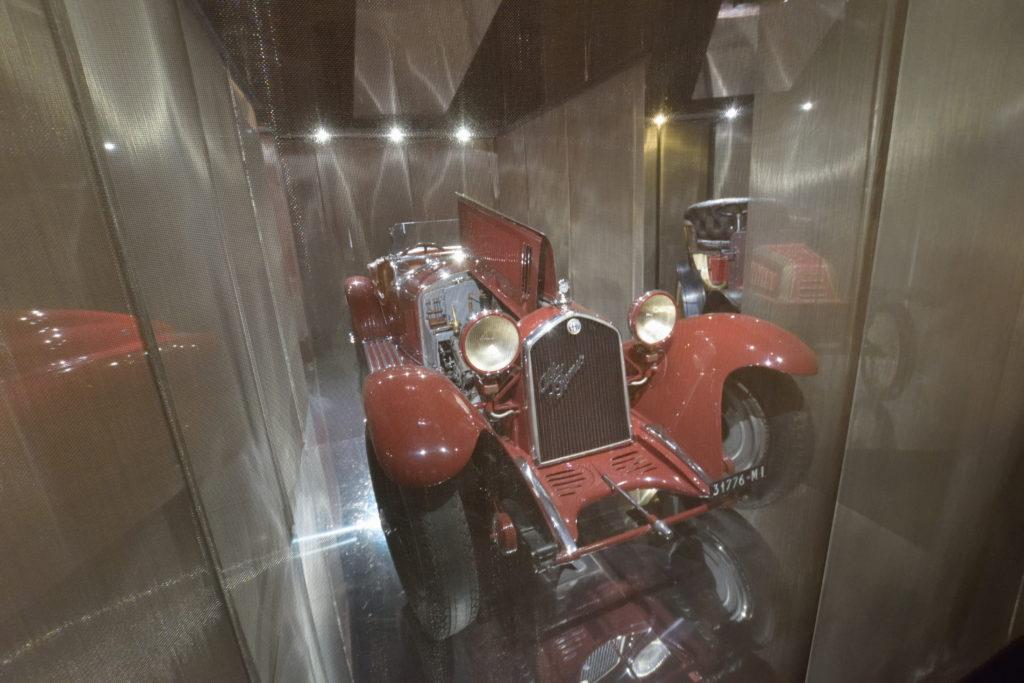 オールドカーの展示