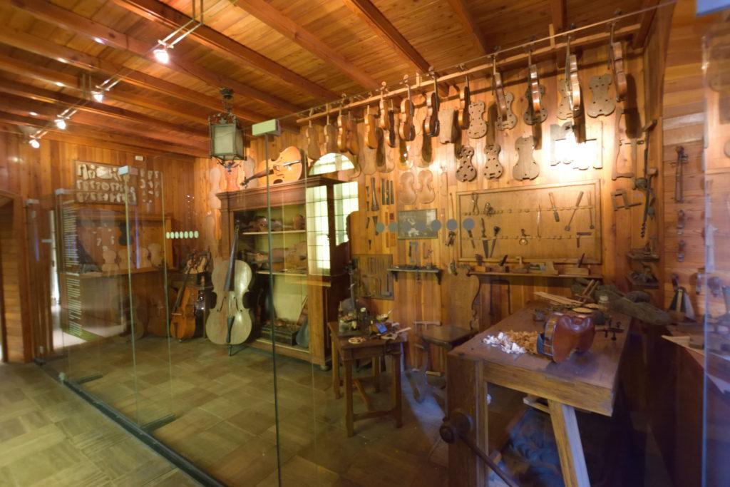 楽器工房のジオラマ