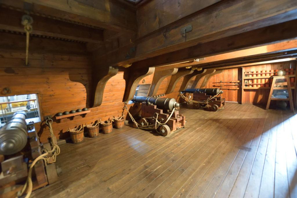 ギャレット船の砲台部屋の再現
