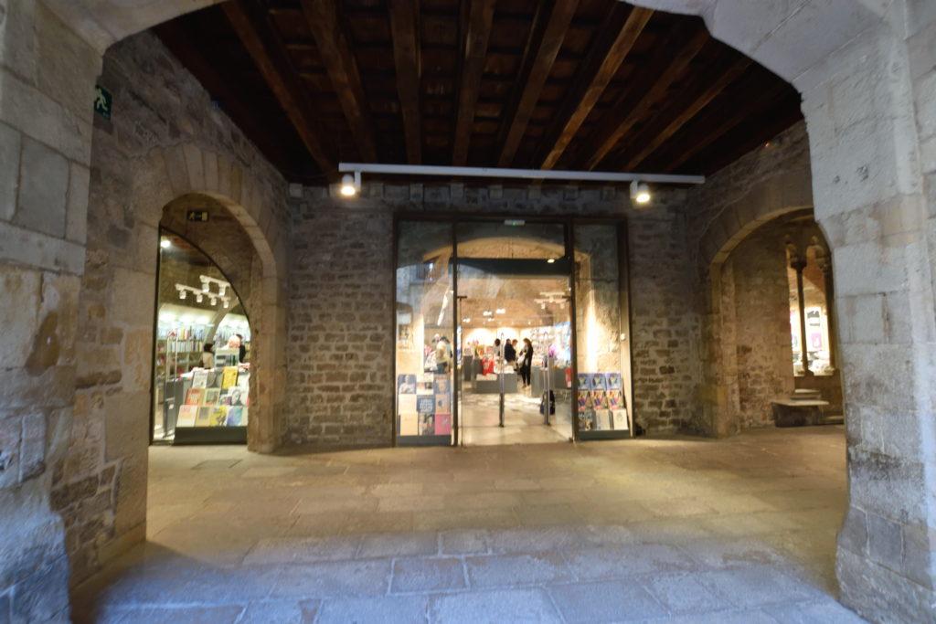 ピカソ美術館の内部
