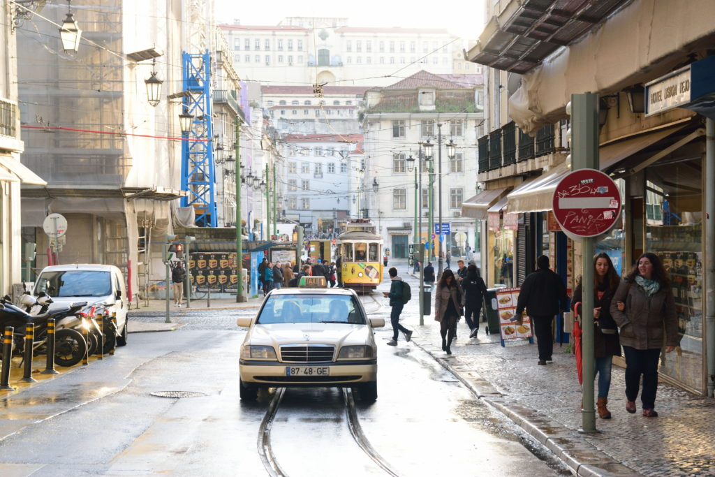 スコール後のリスボンの街並み