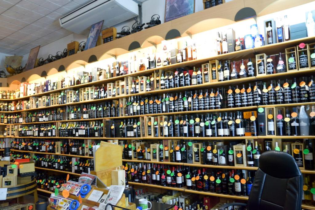 ポルトガルのワイン店