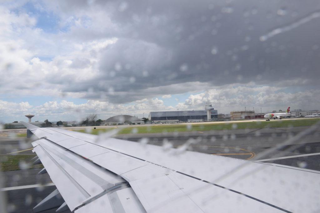 リスボン空港から離陸