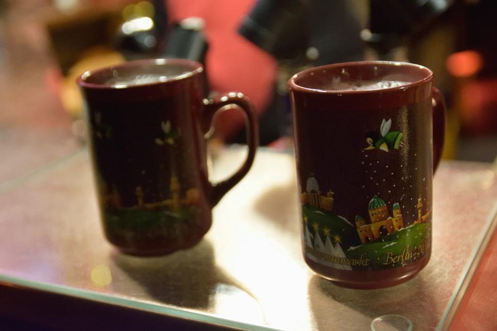 グリューワインのカップ