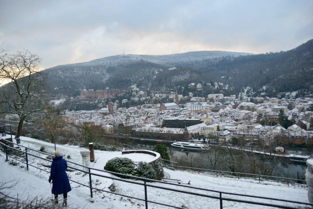 哲学の道から見下ろすハイデルベルクの街