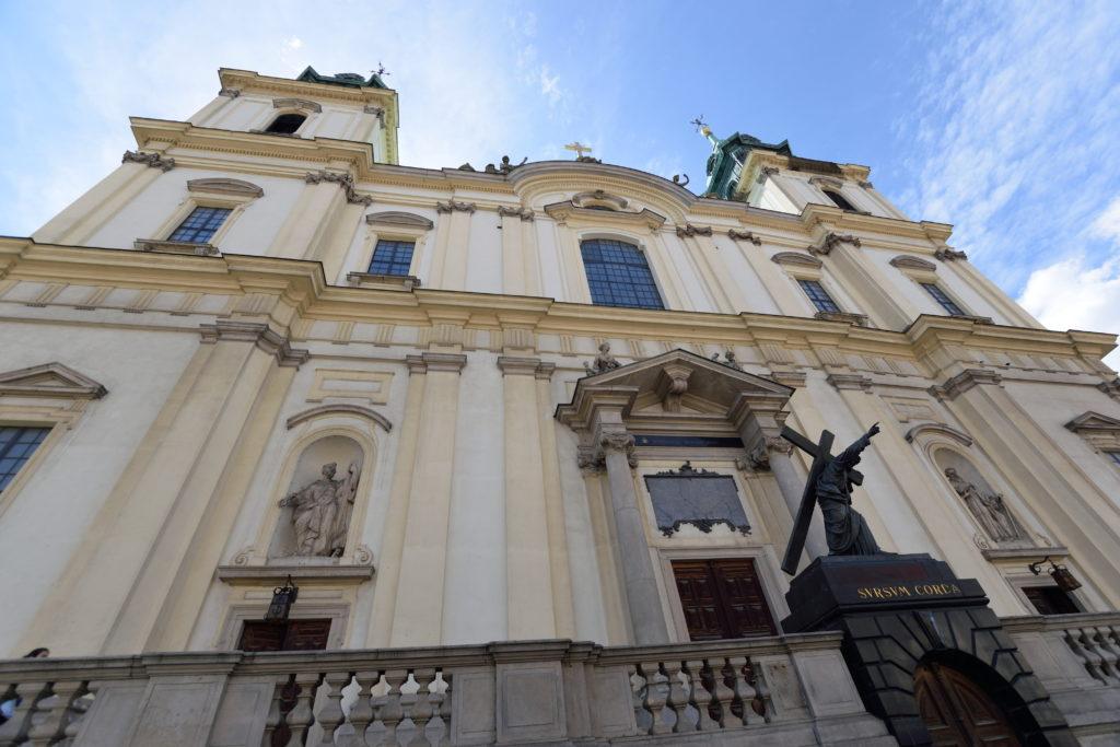 聖十字架教会の外観