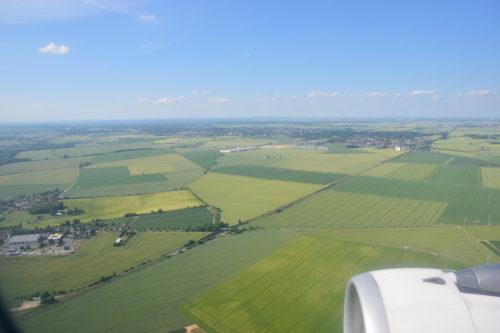 シャルルドゴール空港へのランディング風景