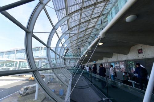 シャルルドゴール空港の建物