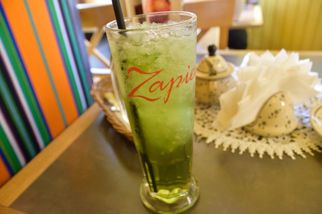 グリーンミントの飲み物