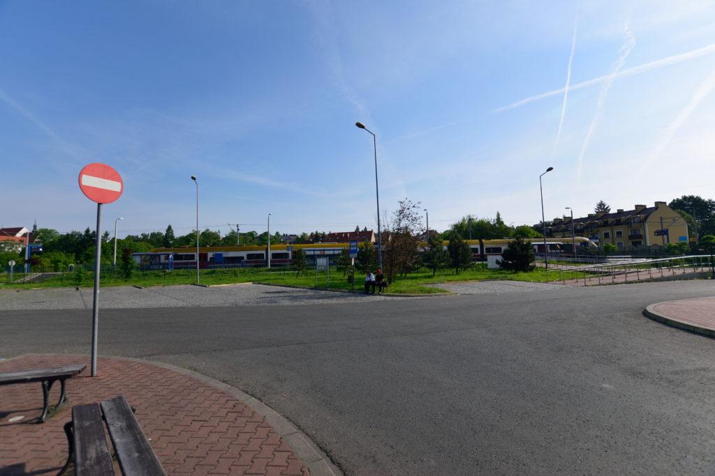 ヴィエリチカ岩塩坑の最寄り駅