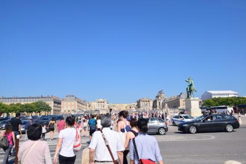 遠くから見たヴェルサイユ宮殿