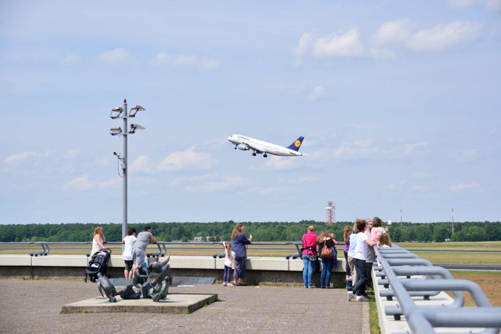 離陸するルフトハンザのA320