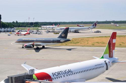 テーゲル空港に駐機するポルトガル航空
