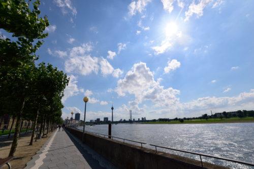 デュッセルドルフの、ライン川沿い
