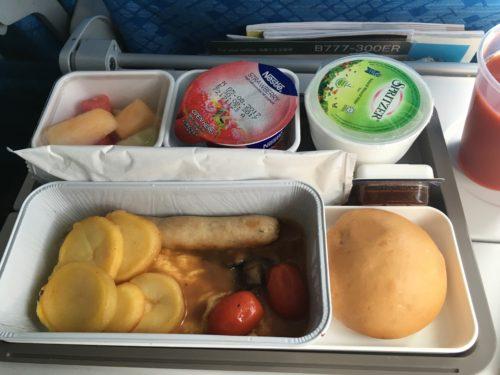 キャセイパシフィックの香港→羽田便の機内食