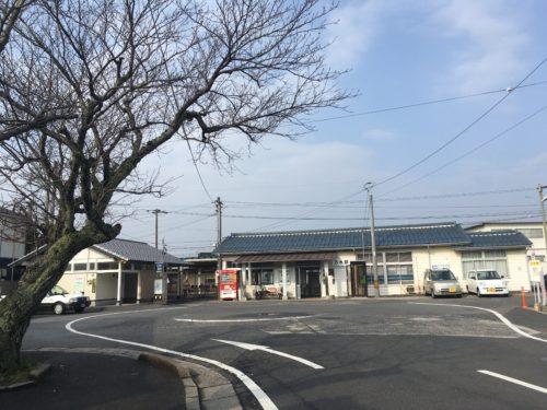 乃木駅駅舎の外観