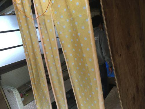 仙人風呂の簡易更衣室の内部
