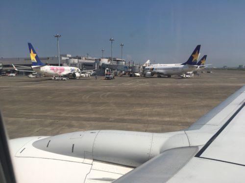 機窓から見た羽田空港第1ターミナル