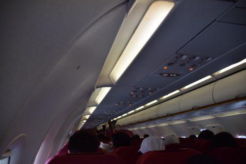 香港航空A320の機内