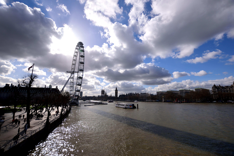 テムズ川に沿ってさくっとロンドン観光を(旅行記Day7)