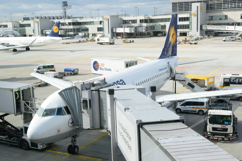 【搭乗記】Lufthansa航空 ロンドン・ヒースロー/LHR→フランクフルト国際空港/FRA A319[D-AIBI]
