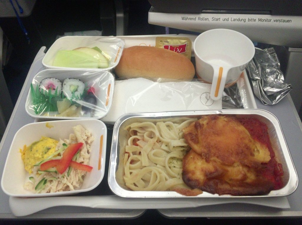 ルフトハンザ、昼の機内食