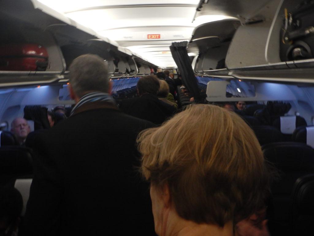 ブリティッシュ・エアウェイズの中型機の機内の様子