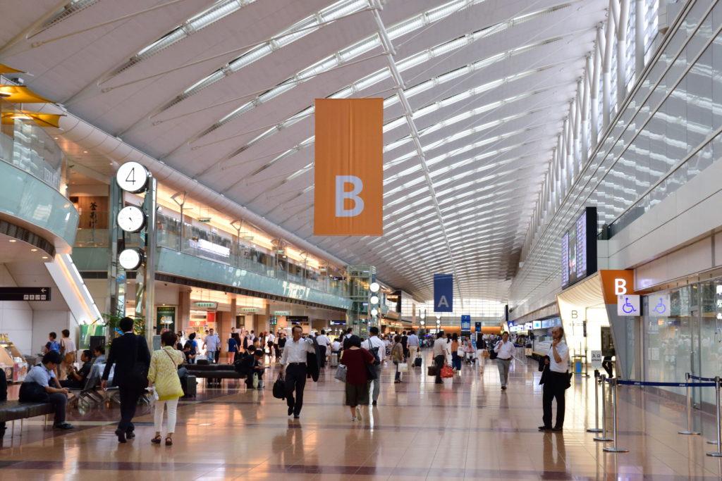羽田空港第2ターミナル出発ロビー