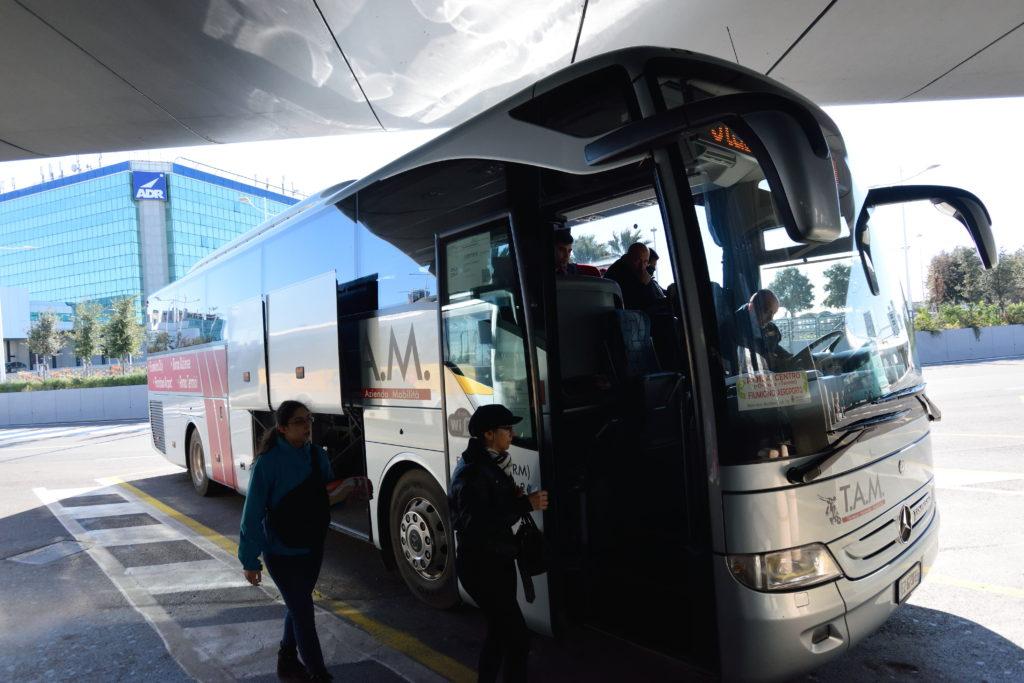ローマ空港の高速バス