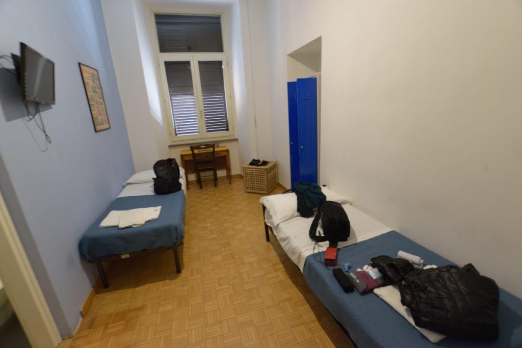 ローマのユースホステル、室内