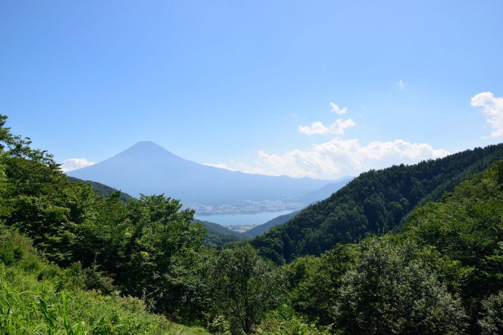 天下茶屋から見下ろす富士山