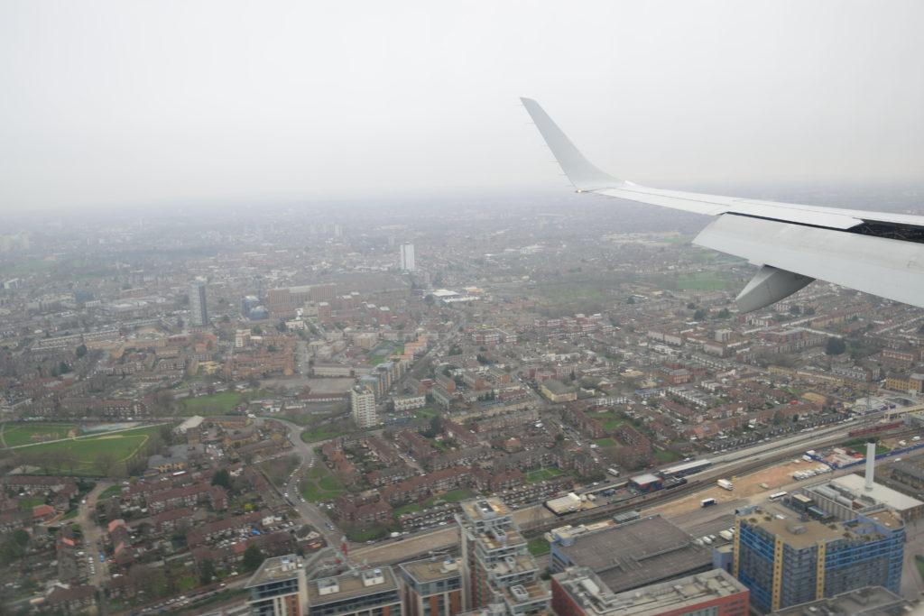 ロンドンシティ空港へのランディング
